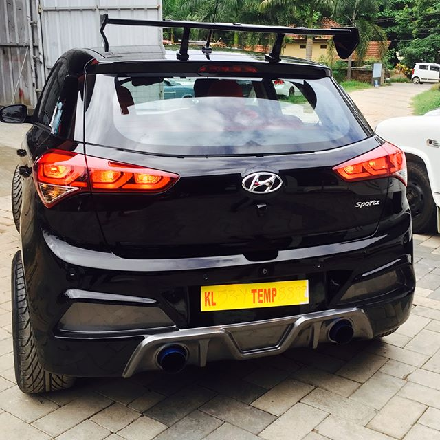 Hyundai i20 modified gloss black body kits